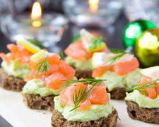 Help Guests are Coming: 5 Festive Tidbits Your Guests Will Love